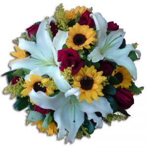 Κατασκευή με λουλούδια για εκδηλώσεις