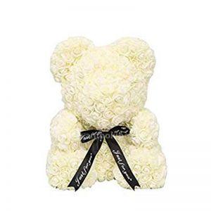 Rose Bear με λευκά τριαντάφυλλα